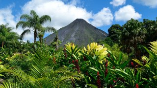 Volcanos and Geology of costa rica